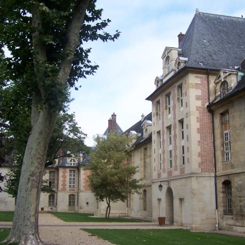 Quartier Hopital Saint Louis